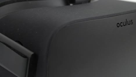 Tracking-Across-Oculus-Rift-Headset