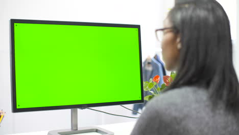 Woman-Working-at-Computer-Chroma-Screen