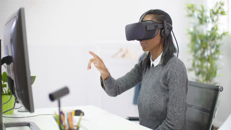 Young-Woman-Using-VR-Headset