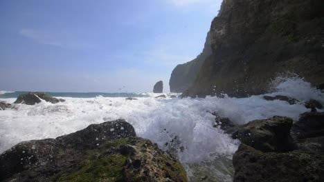 Waves-Crashing-Over-Rocks
