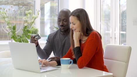 Couple-Paying-Bills-Online