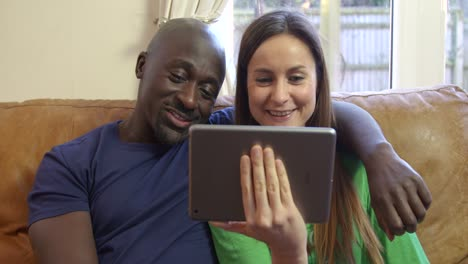 Couple-Video-Calling-with-a-Tablet