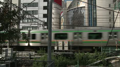 Train-Passing-Through-Tokyo-Suburbs