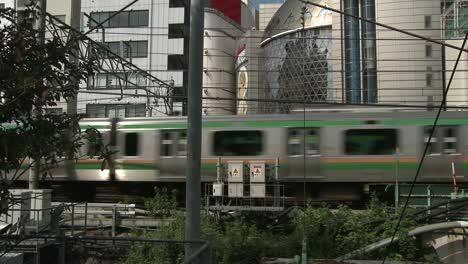Train-Passing-Through-Tokyo-Suburbs