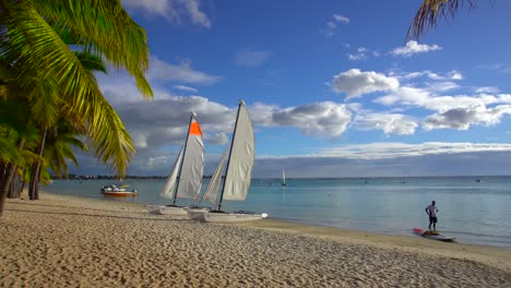 Sailboats-on-Beach-in-Mauritius