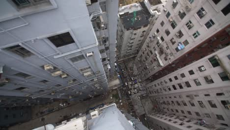 Looking-Over-Edge-of-Filthy-Skyscraper