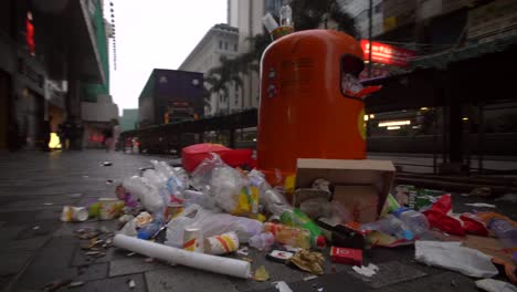 Overflowing-Rubbish-Bin-in-Downtown-Hong-Kong