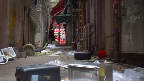 Litter-in-Hong-Kong-Alleyway