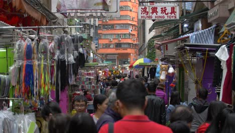 Busy-Marketplace-in-Hong-Kong