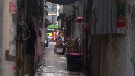 Grubby-Hong-Kong-Alleyway