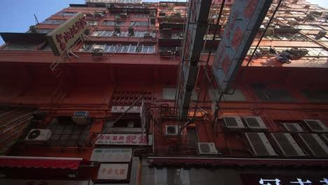 Run-Down-Side-Street-in-Hong-Kong