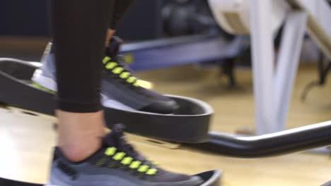 Athletes-Feet-on-Cross-Trainer