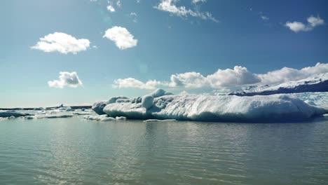 Panning-Round-an-Iceberg