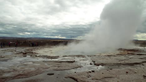 Geyser-Eruption-in-Iceland