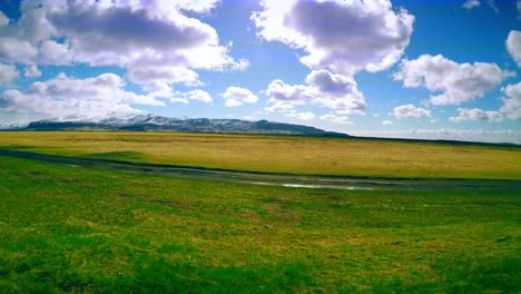 Time-Lapse-of-an-Icelandic-Landscape