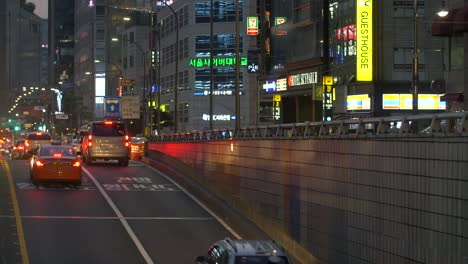 Night-Time-Traffic-in-South-Korea