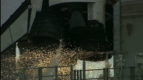 Space-Shuttle-Engine-Ignition