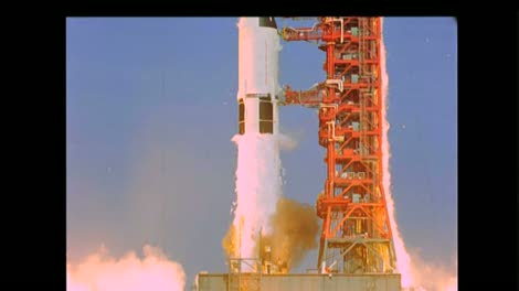 Saturn-V-Launch-Side-View-2