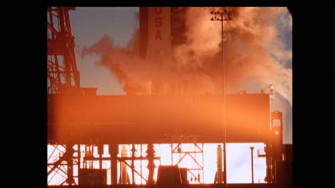 Saturn-V-Engines-During-Launch