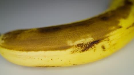 Ripening-Banana-Time-Lapse