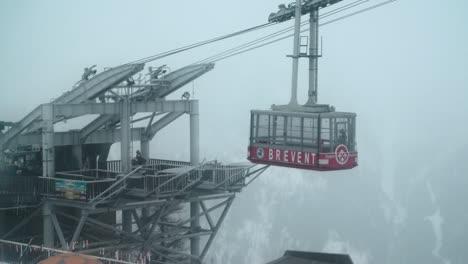 Chamonix-Ski-Lift-01