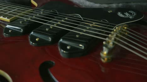 Electric-Guitar-Dolly-Shot-1