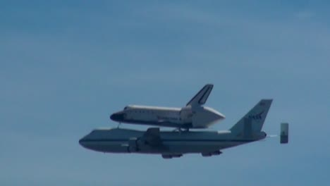 Endeavor-Final-Flight-Close-up