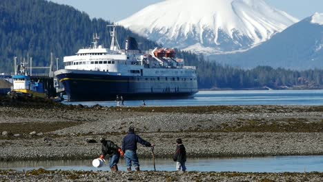 Ferry-Docked-in-Alaska-