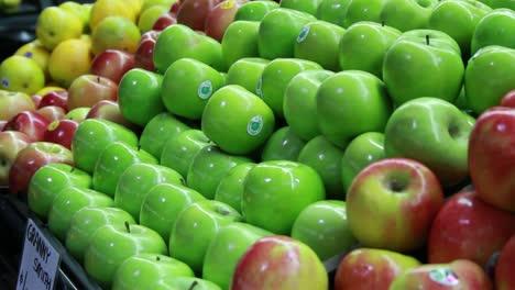 Food-Market---Apples