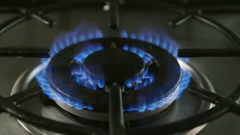 Gas-Hob-Lighting-Slow-Motion-2
