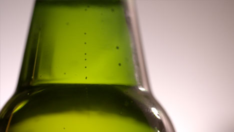 Beer-Bubbles-Close-Up-1