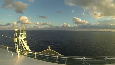 Time-Lapse-Cruise-Ship-Sailing