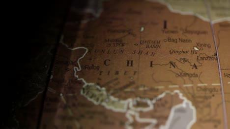 Vintage-Globe-China