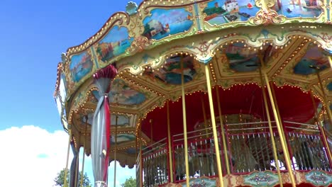 Spinning-Classic-Carousel