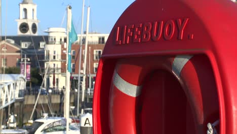 Lifebuoy-Close-Up