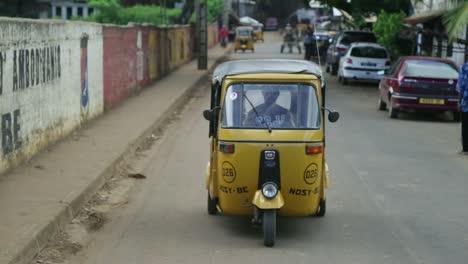 Nosy-Be-City-Centre-Taxi