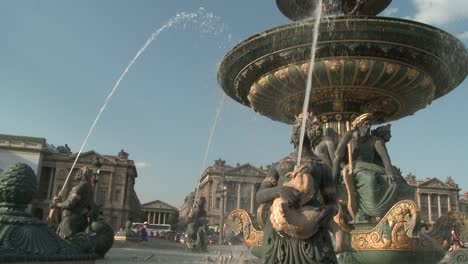 -Fountain-at-Place-de-la-Concorde