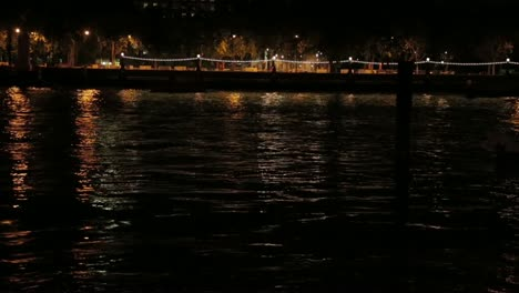 River-Thames-at-Night