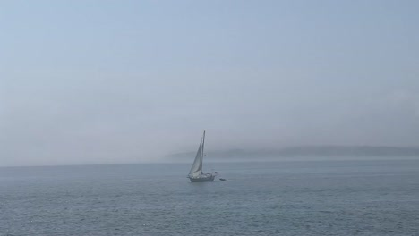 Sailboat-in-Maine