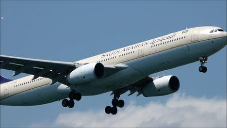SA-Airbus-A330-Landing