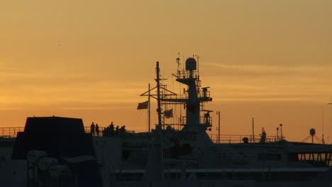 Ships-Arriving-at-Sunset