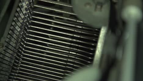 Typewriter-Side-View