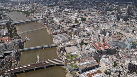 Thames-Aerial-with-Bridges-and-Houses