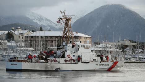 US-Coast-Guard-Boat-