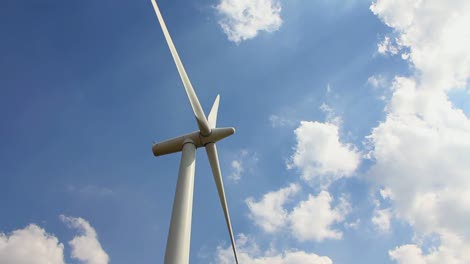 Wind-Turbine-Panning-Shot