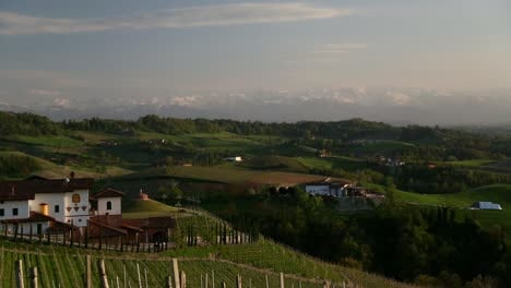 Wine-Country-Mountains-Pan-2