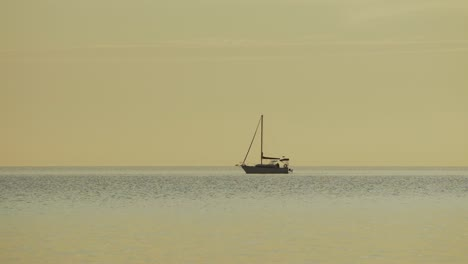 Boat-on-the-Lake-1