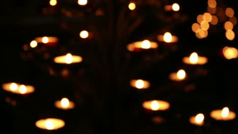 Candles-Pull-Focus