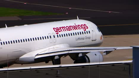 Germanwings-Plane-Taxiing