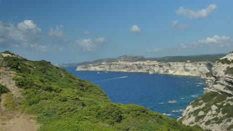 Ocean-View-from-Clifftop